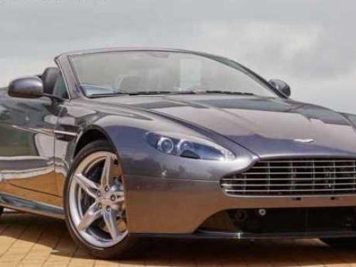 Aston Martin V8 Vantage S ROADSTER SPORTSHiFT Pack Black