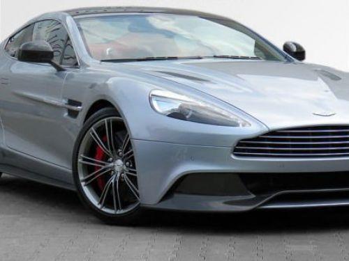Aston Martin VANQUISH EXCLUSIVE SKYFALL SILVER