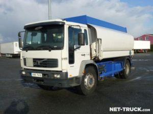 Trucks Volvo FL Fuel tank body Occasion