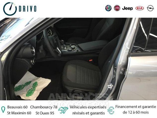 Alfa Romeo Giulia 2.2 JTD 136ch Edizione AT8 MY19 Gris Stromboli Occasion - 10