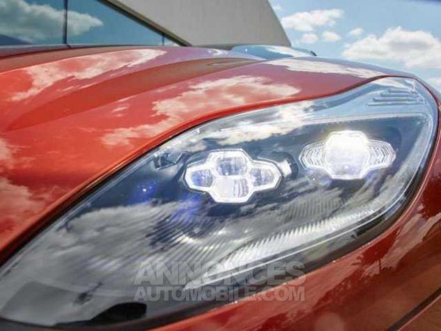 Aston Martin DB11 TOUCHTRONIC III  Cinnabar Orange metal Direction - 9