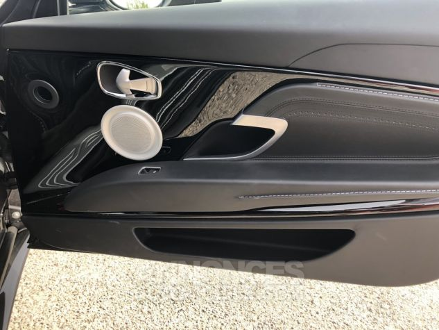 Aston Martin DB11 V12 gris Occasion - 8
