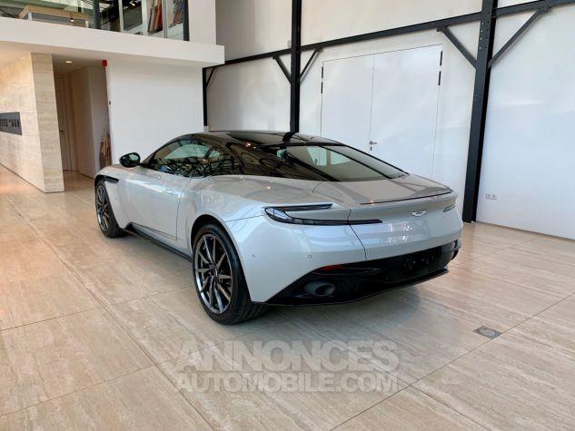 Aston Martin DB11 V12 SILVER FOX Neuf - 2