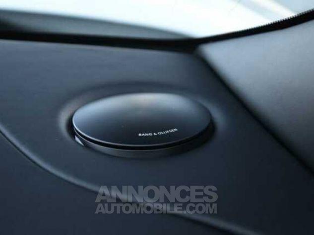 Aston Martin DB11 V12 Touchtronic Lunar White Direction - 14