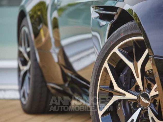 Aston Martin DB11 V8 VOLANTE Onyx Black métal Direction - 6