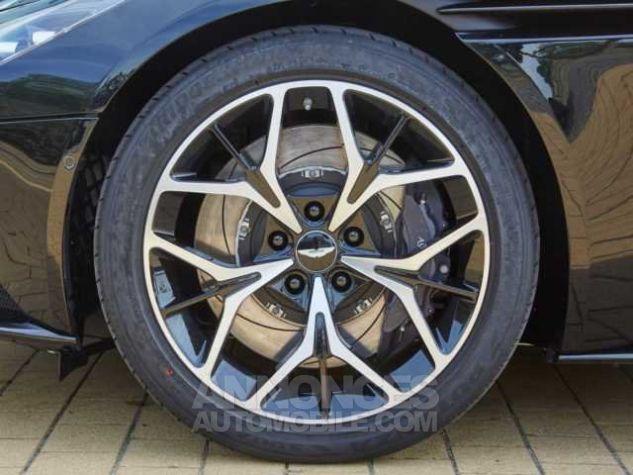 Aston Martin DB11 V8 VOLANTE Onyx Black métal Direction - 9