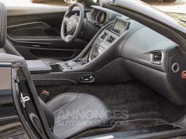 Aston Martin DB11 V8 VOLANTE Onyx Black métal Direction - 10