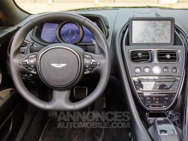 Aston Martin DB11 V8 VOLANTE Onyx Black métal Direction - 12