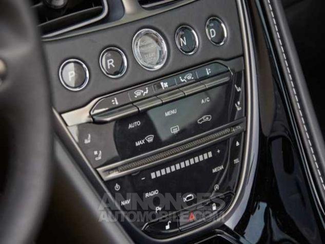 Aston Martin DB11 V8 VOLANTE Onyx Black métal Direction - 19