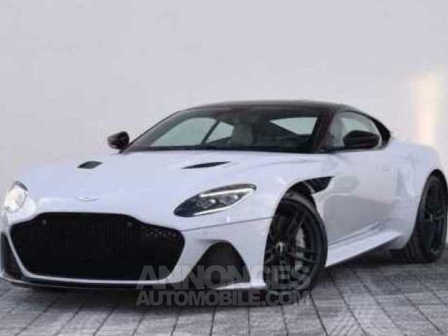 Aston Martin DBS SUPERLEGGERA Design Dynamic Futurist White Stone Occasion - 4