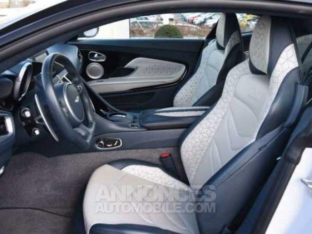 Aston Martin DBS SUPERLEGGERA Design Dynamic Futurist White Stone Occasion - 14