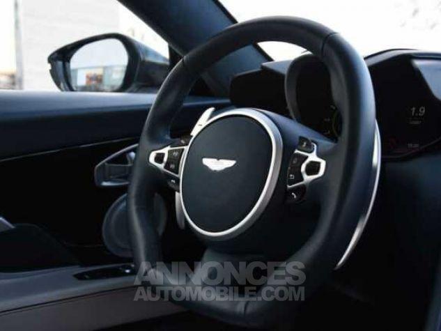 Aston Martin DBS SUPERLEGGERA Design Dynamic Futurist White Stone Occasion - 15