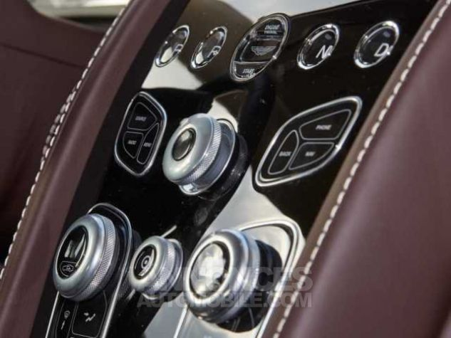 Aston Martin RAPIDE S TOUCHTRONIC III 8 vitesses Silver Fox métal Direction - 8