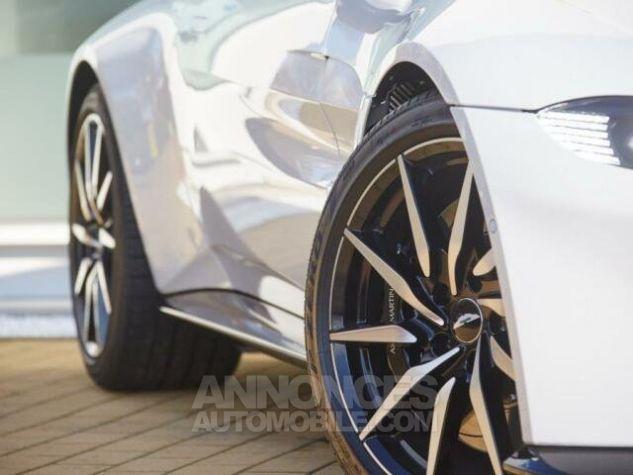 Aston Martin V8 Vantage New Model  White stone Occasion - 5