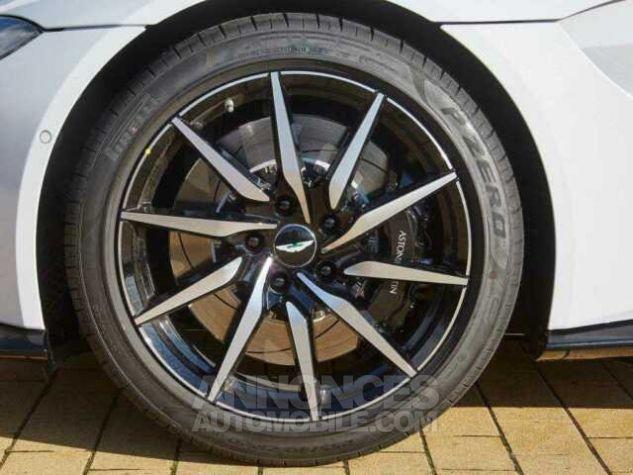Aston Martin V8 Vantage New Model  White stone Occasion - 6