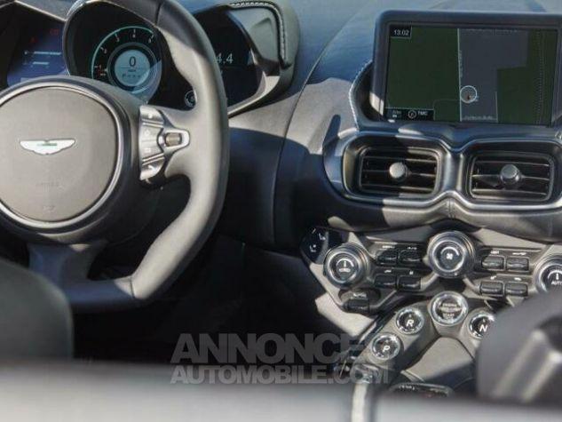 Aston Martin V8 Vantage New Model  White stone Occasion - 13