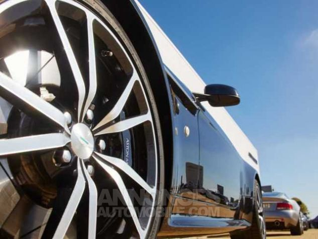 Aston Martin V8 Vantage S ROADSTER SP10 Sportshift II Onyx Black métal Occasion - 21