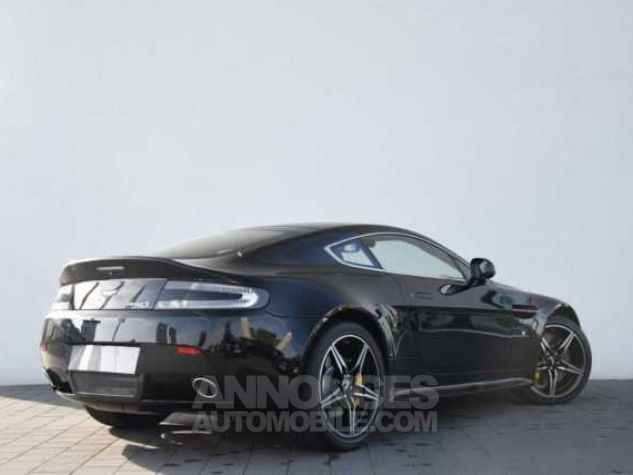 Aston Martin V8 Vantage S SPORTSHIFT  Onyx Black métal Direction - 2