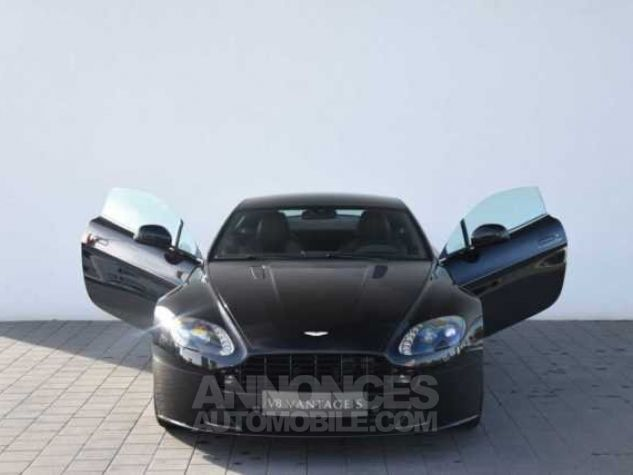 Aston Martin V8 Vantage S SPORTSHIFT  Onyx Black métal Direction - 3
