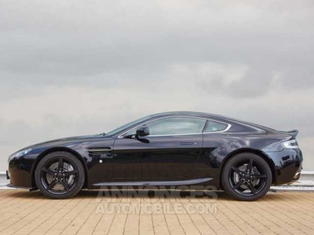 Aston Martin V8 Vantage SPORTSHIFT  Onyx Black métal Occasion - 4