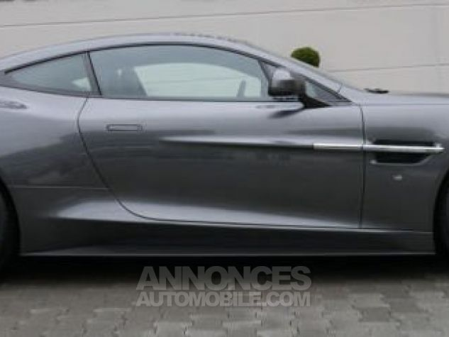 Aston Martin VANQUISH S TOUCTRONIC III 8 rapports Magnétic Silver métal Direction - 10