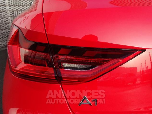 Audi A1 Sportback 30 TFSI 116ch Design Luxe S tronic 7 ROUGE MISANO Occasion - 5