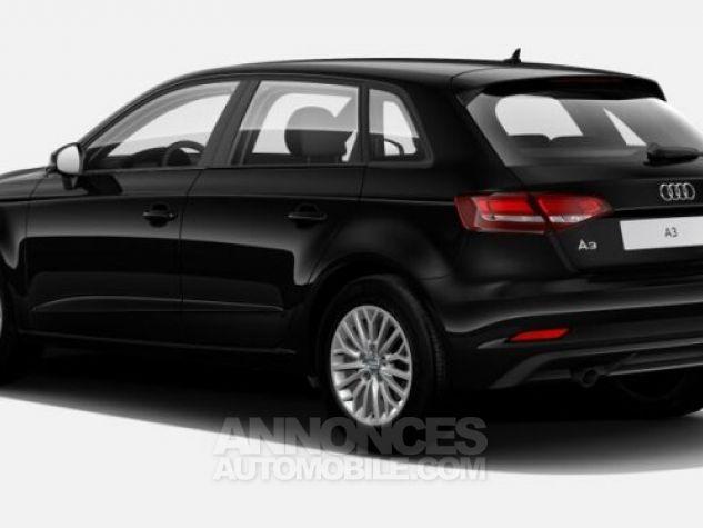 Audi A3 Sportback S line Noir brillant Neuf - 2