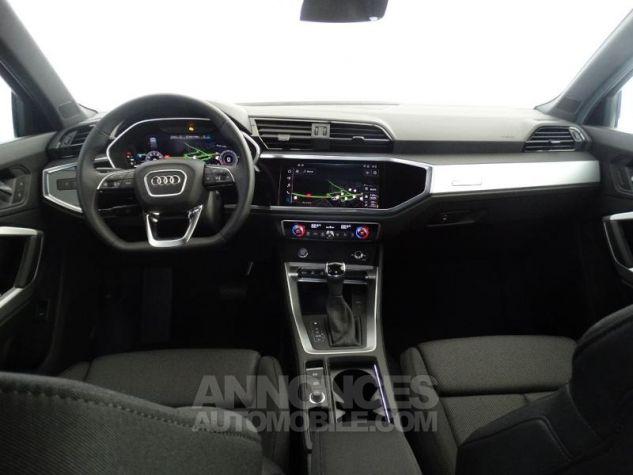Audi Q3 35 TFSI 150ch S line S tronic 7 GRIS CHRONOS Neuf - 1