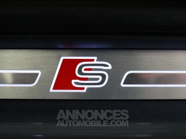 Audi Q3 35 TFSI 150ch S line S tronic 7 GRIS CHRONOS Neuf - 8