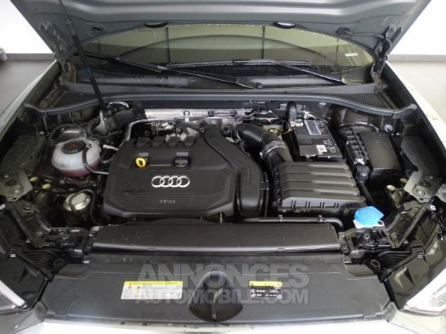 Audi Q3 35 TFSI 150ch S line S tronic 7 GRIS CHRONOS Neuf - 9
