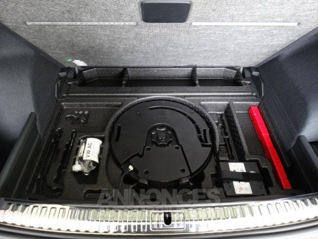 Audi Q3 35 TFSI 150ch S line S tronic 7 GRIS CHRONOS Neuf - 12