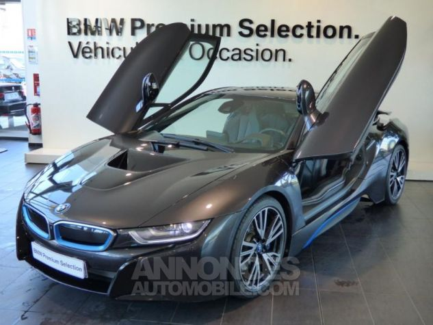 BMW i8 362ch Pure Impulse Sophisto Grey avec lisere bleu Occasion - 1