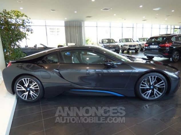 BMW i8 362ch Pure Impulse Sophisto Grey avec lisere bleu Occasion - 2