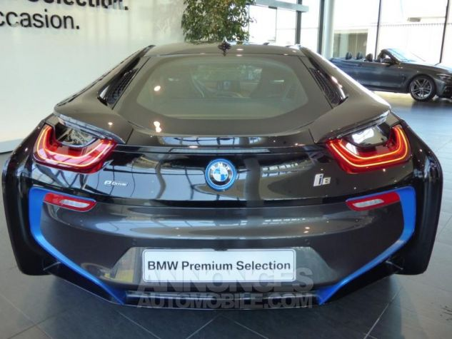 BMW i8 362ch Pure Impulse Sophisto Grey avec lisere bleu Occasion - 6