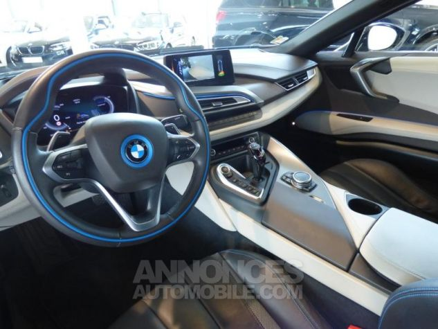 BMW i8 362ch Pure Impulse Sophisto Grey avec lisere bleu Occasion - 11
