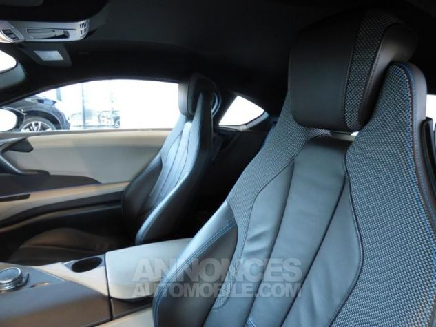 BMW i8 362ch Pure Impulse Sophisto Grey avec lisere bleu Occasion - 8