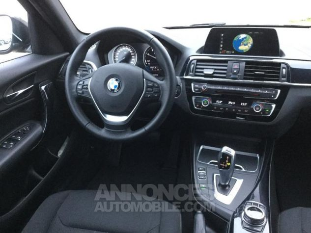 BMW Série 1 116dA 116ch UrbanChic 5p NOIR Occasion - 4