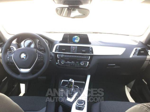 BMW Série 1 118dA 150ch UrbanChic 5p Euro6d-T Mineralgrau métallisée Occasion - 3