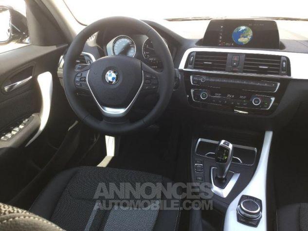 BMW Série 1 118dA 150ch UrbanChic 5p Euro6d-T Mineralgrau métallisée Occasion - 4