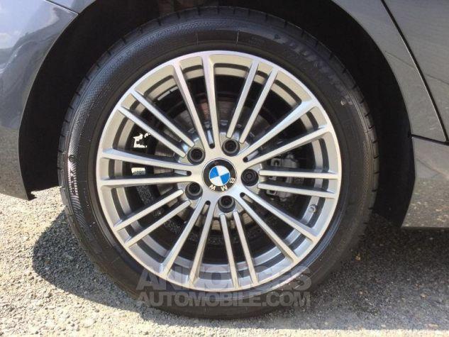 BMW Série 1 118dA 150ch UrbanChic 5p Euro6d-T Mineralgrau métallisée Occasion - 11