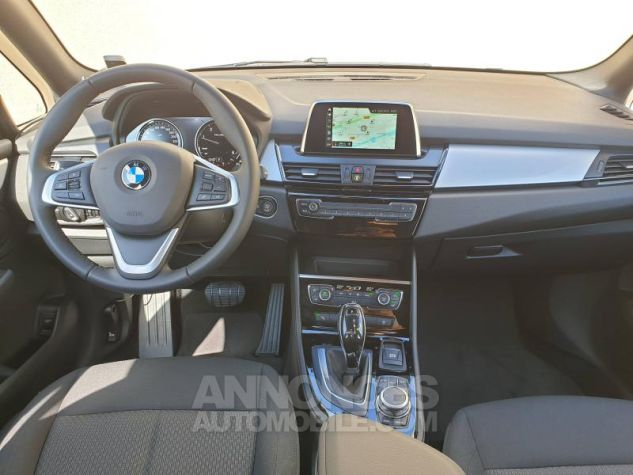 BMW Série 2 218dA 150ch Business Design Mineralgrau Neuf - 5