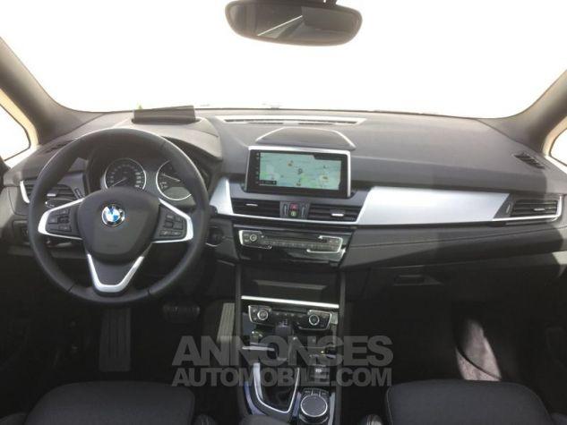 BMW Série 2 218dA 150ch Luxury Saphirschwarz Métal Occasion - 3