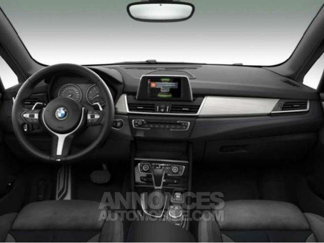 BMW Série 2 218dA xDrive 150ch M Sport Saphirschwarz metallise Occasion - 3
