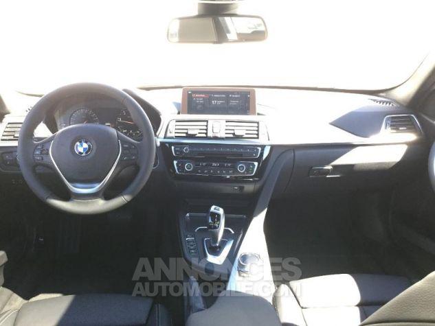 BMW Série 3 318dA 150ch Luxury Glaciersilber métallisée Occasion - 3