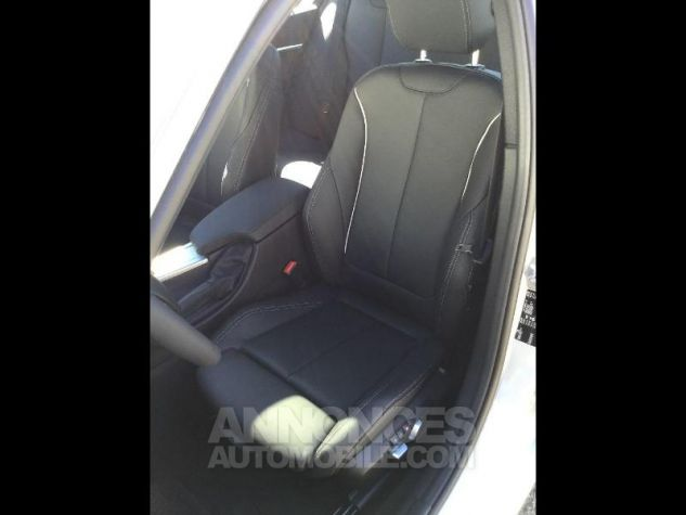 BMW Série 3 318dA 150ch Luxury Glaciersilber métallisée Occasion - 7