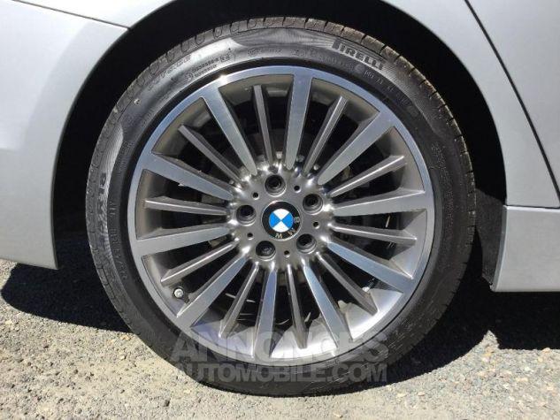 BMW Série 3 318dA 150ch Luxury Glaciersilber métallisée Occasion - 11
