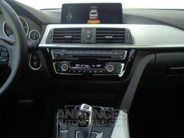 BMW Série 3 318dA 150ch Luxury Saphirschwarz metallise Occasion - 5
