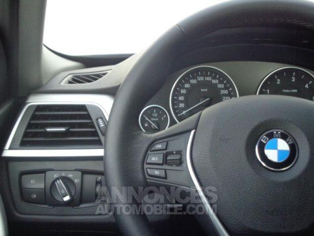 BMW Série 3 318dA 150ch Luxury Saphirschwarz metallise Occasion - 13