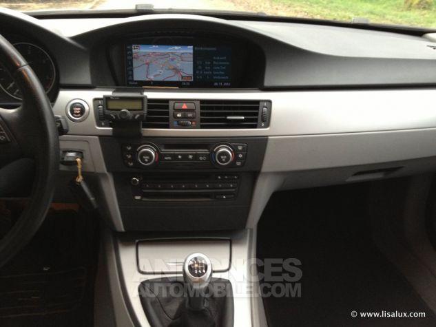 BMW Série 3 320 D Business Touring GPS Bleu nuit Occasion - 4