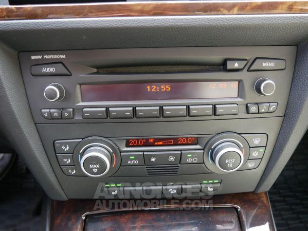 BMW Série 3 330 xd 231 Luxe BVA, Xénon bleu foncé métallisé Occasion - 16